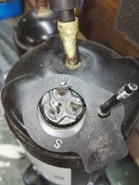 Sprężarka DA150S1C-20FZ schemat połączeń elektrycznych
