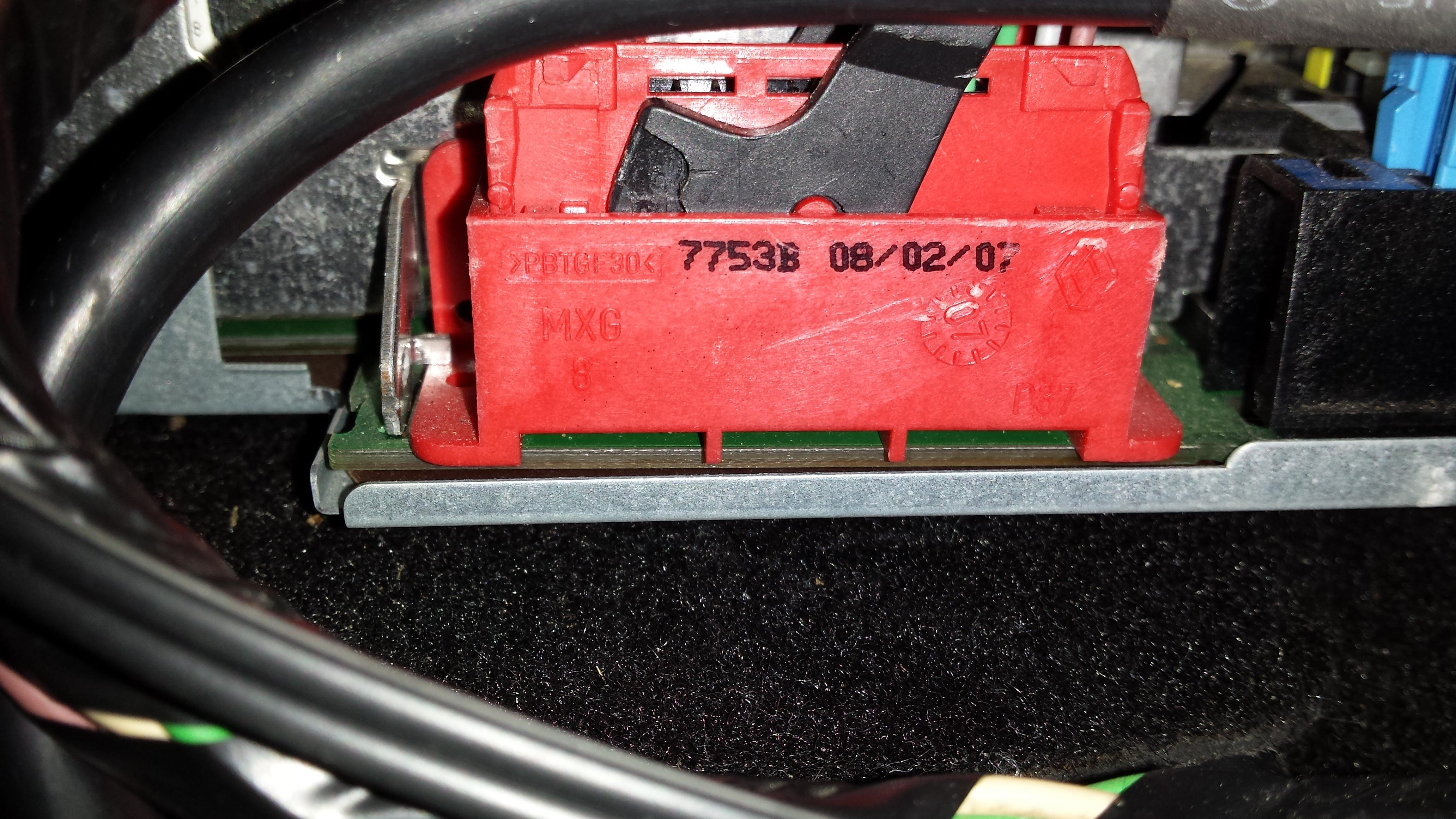 Cabasse/ no. RENRAT 121-52 - szukam Schemat kostek do radia Cabasse do Renault