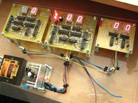 Projekt zegara TTL z budzikiem