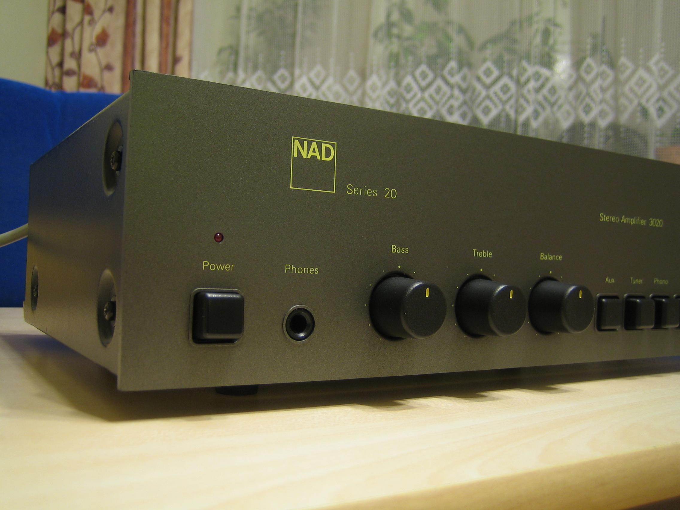[Sprzedam] Wzmacniacz stereo NAD 3020 - legenda klasyki hi-fi