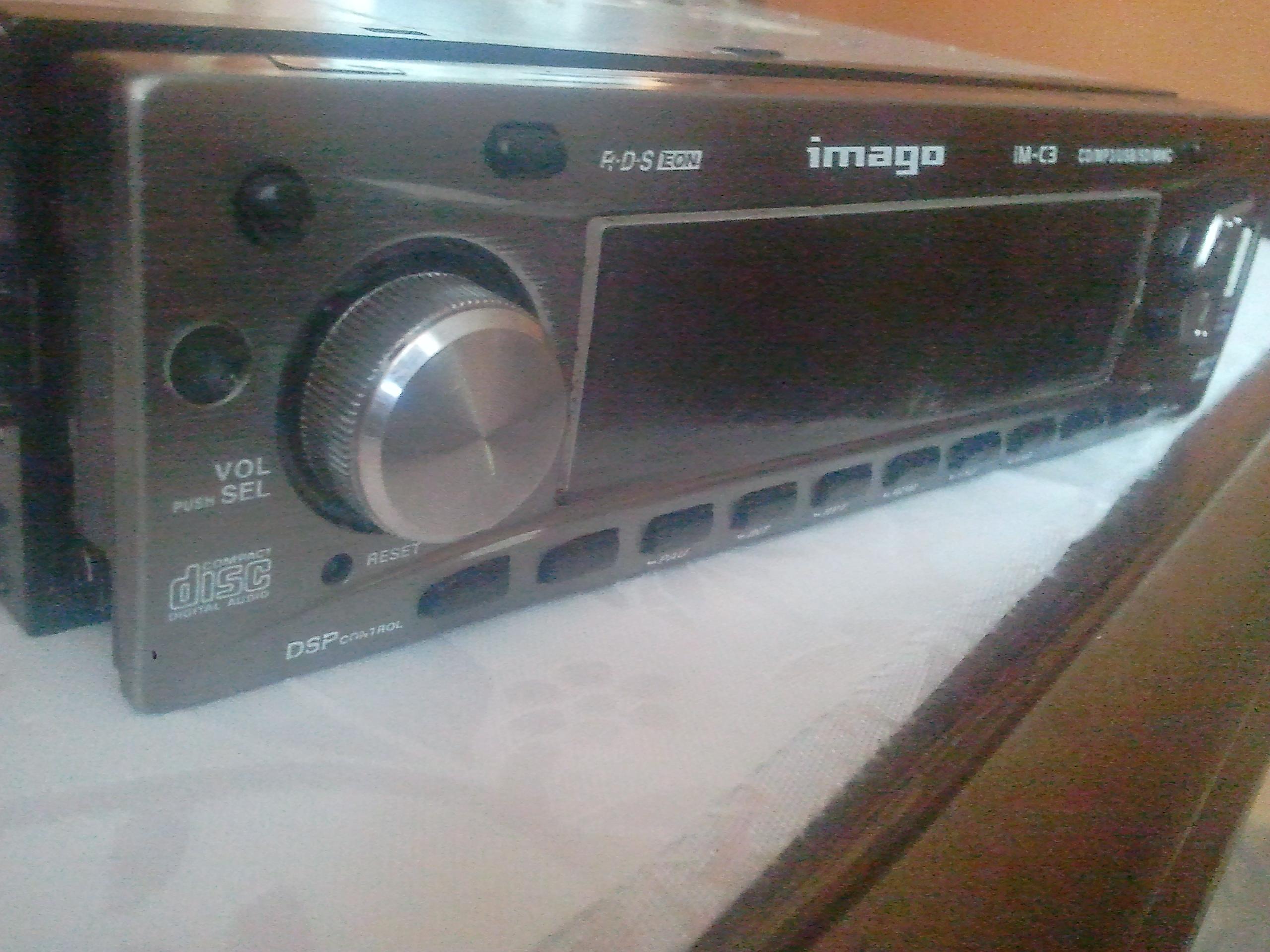 Radio samochodowe IMAGO IM-C3 nie w��cza si�