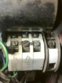 Silnik jednofazowy - wyłącznik rozruch-praca
