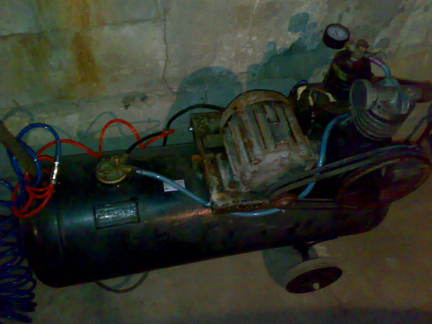 Kompresor do narz�dzi pneumatycznych i malowania.