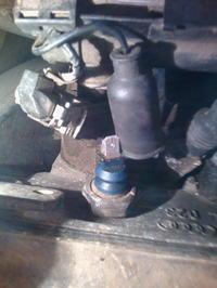 VW Golf III - �wiec�ca si� kontrolka oleju powy�ej 2-3 tys obrot�w