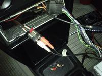 Kenwood KDC 5090B - Pod��czenie wzmacniacza samochodowego przez RCA.
