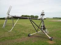 Jednoosobowy śmigłowiec (bez dopuszczenia do lotów)