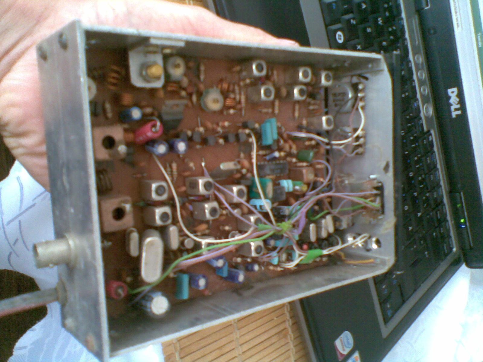 Czy kto� rozpoznaje ten radiotelefon ?