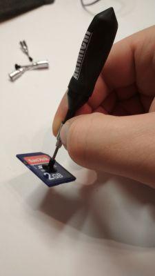 Mini Test: tani chwytak podciśnieniowy do SMD