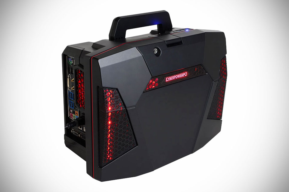 CyberPower Fang BattleBox - komputer SFF do gier w obudowie-walizce
