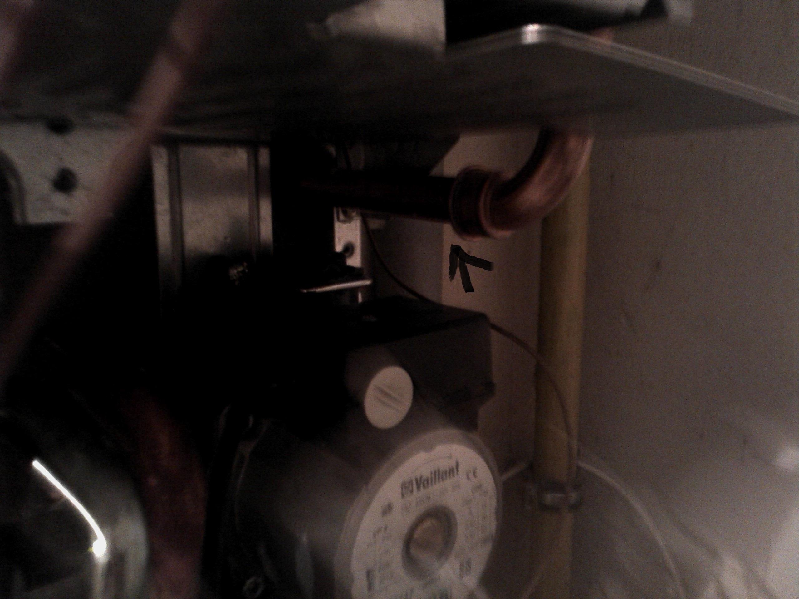 Vaillant atmoMAX 240-5 - Wyciek wody w kotle.