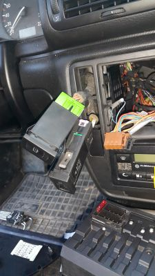 Passat b5 sedan - Ogrzewanie tylnej szyby pali bezpiecznik nr 5