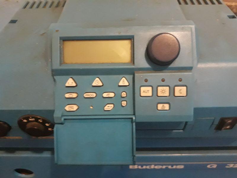 Buderus Logano G115 - Nie zapala ani też nie wyświetla komunikatu o błędzie