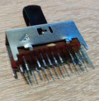 [Kupię]Przełącznik suwakowy dwutorowy 3 pozycyjny 24pin