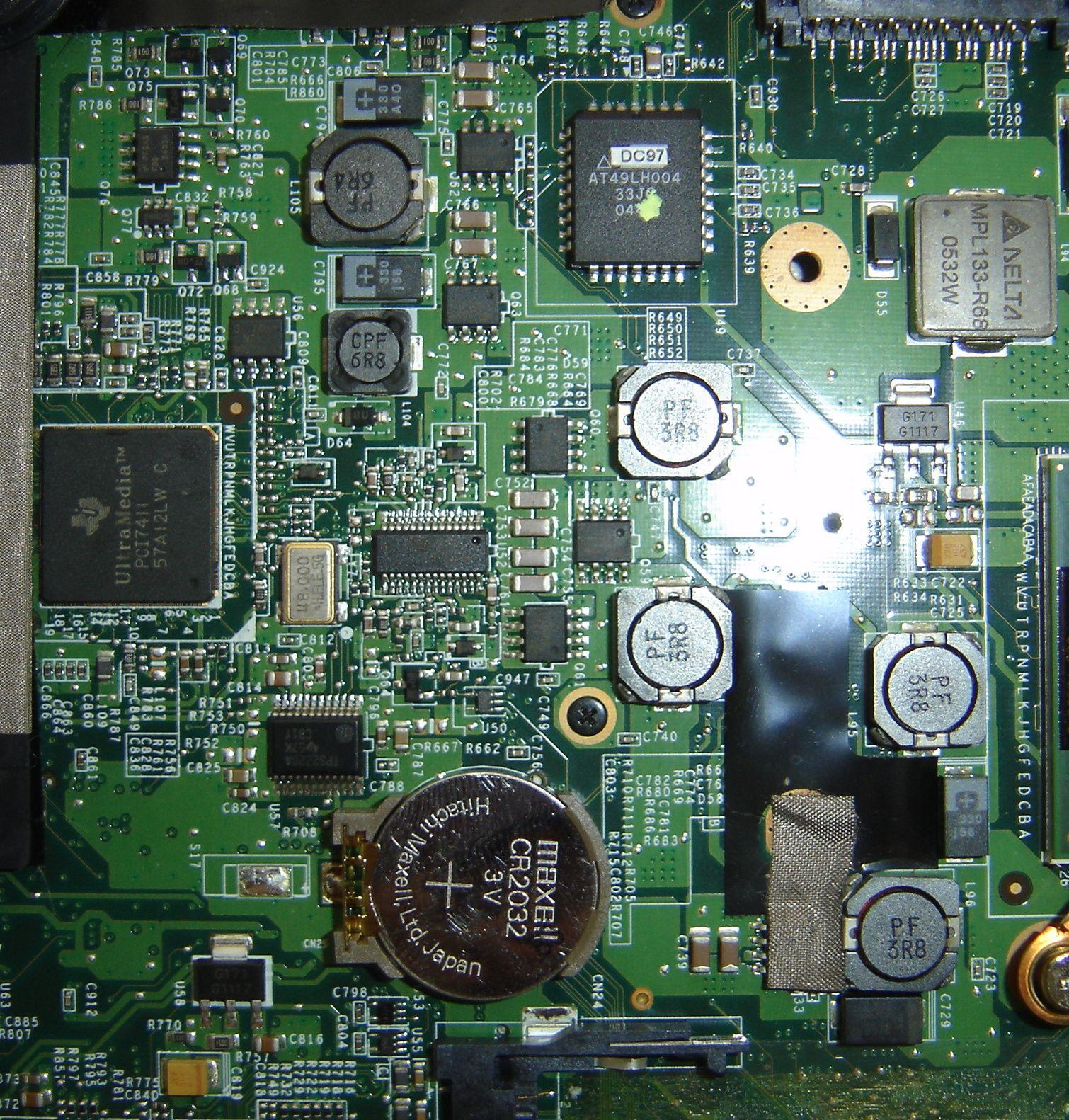 Laptop Fujitsu siemens nie trzyma daty i godziny