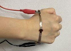 Grafen produkowany za pomocą laserów do medycznych systemów noszonych