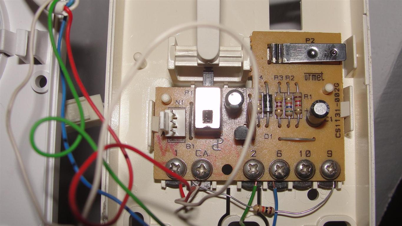 Domofon w bloku 4-�y�y. Jak pod��czy� unifon?