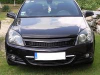 Opel Astra Gtc - Czy tak mog� by� zamontowane �wiat�a do jazdy dziennej ?