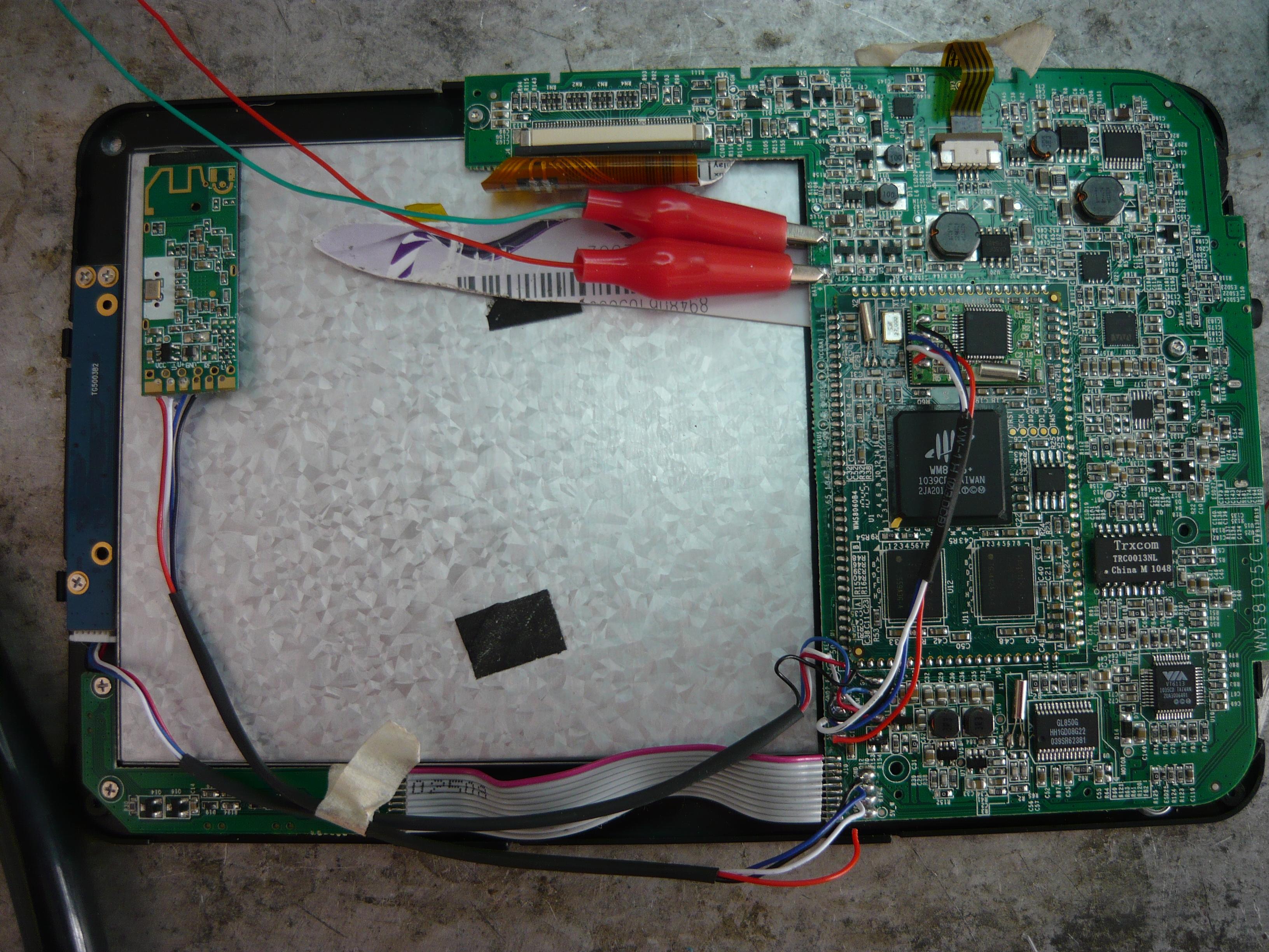 Tablet  - Tablet po w��czeniu tylko zielona dioda ,czarny ekran