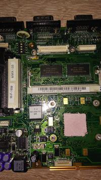 Acer EXTENSA 355 - Dysk nie kręci się, spalony element na płycie głównej.