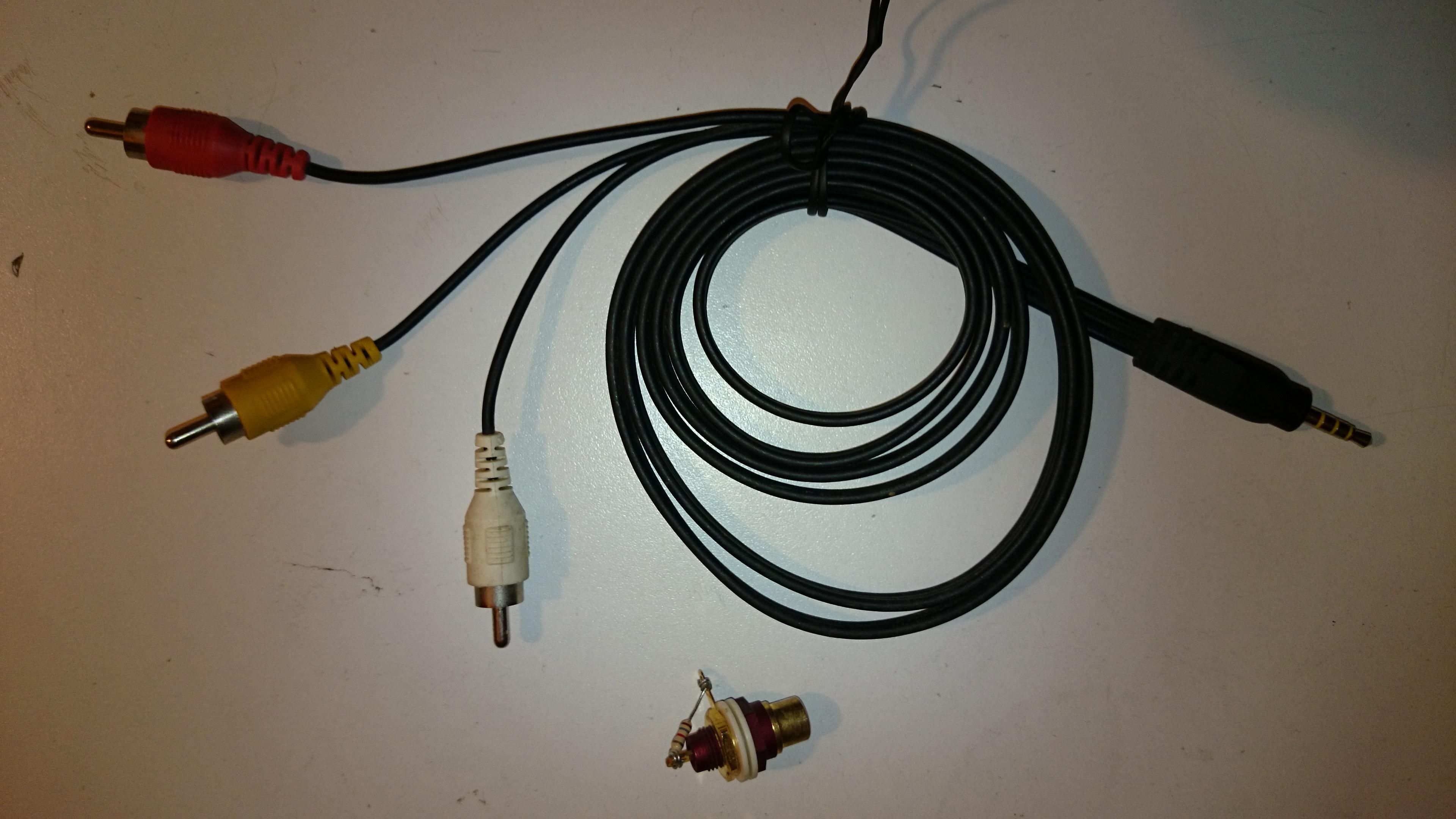 SONY Z1 COMPACT - Pod��czenie telefonu do wzmacniacza - proste rozwi�zanie.