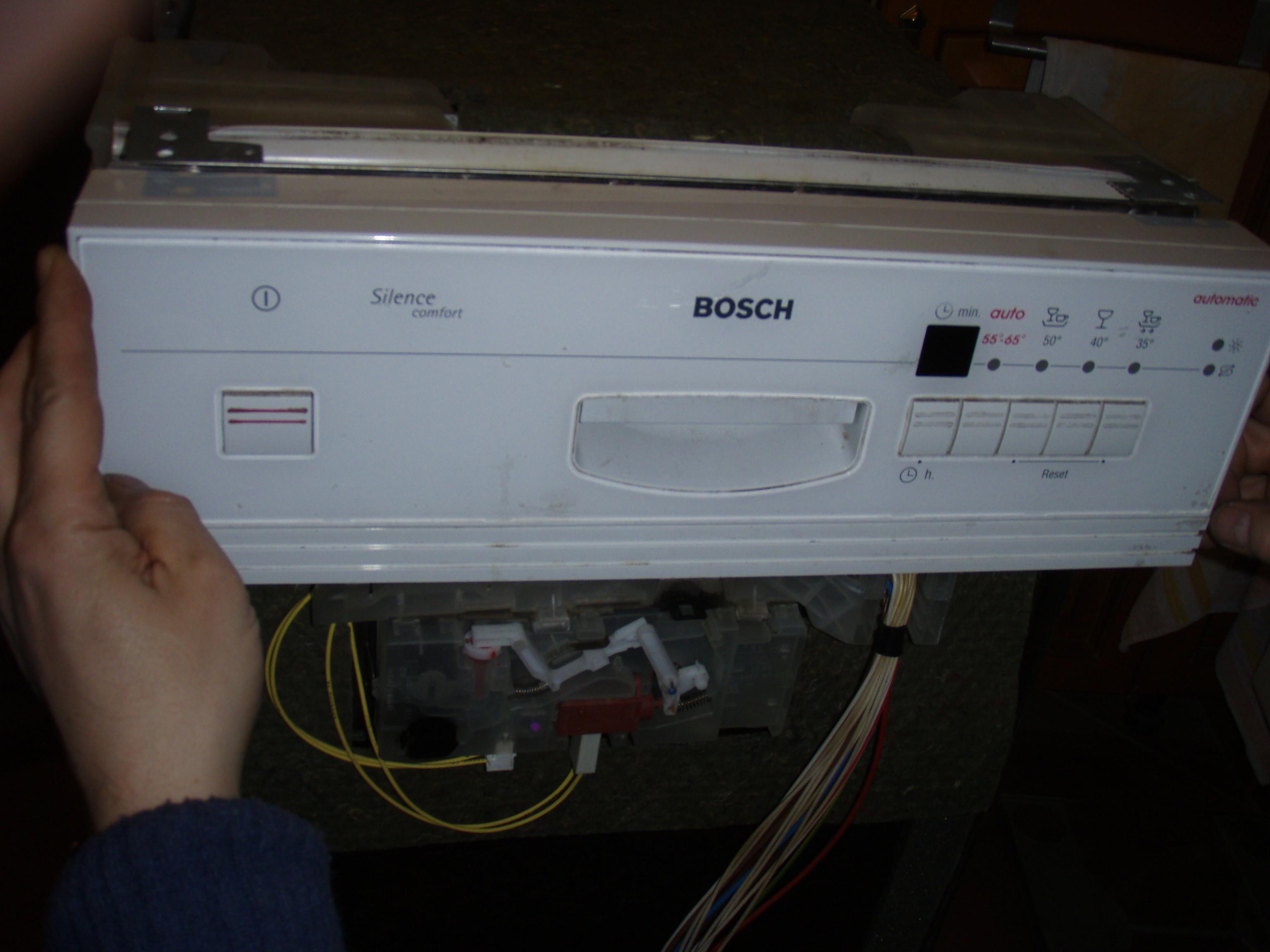 zmywarka BOSH e-nr: SRI46A02/15 nie dzia�a - potrzebny manual