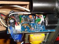 Aktywne glośniki komputerowe m-audio av-20 - stały szum