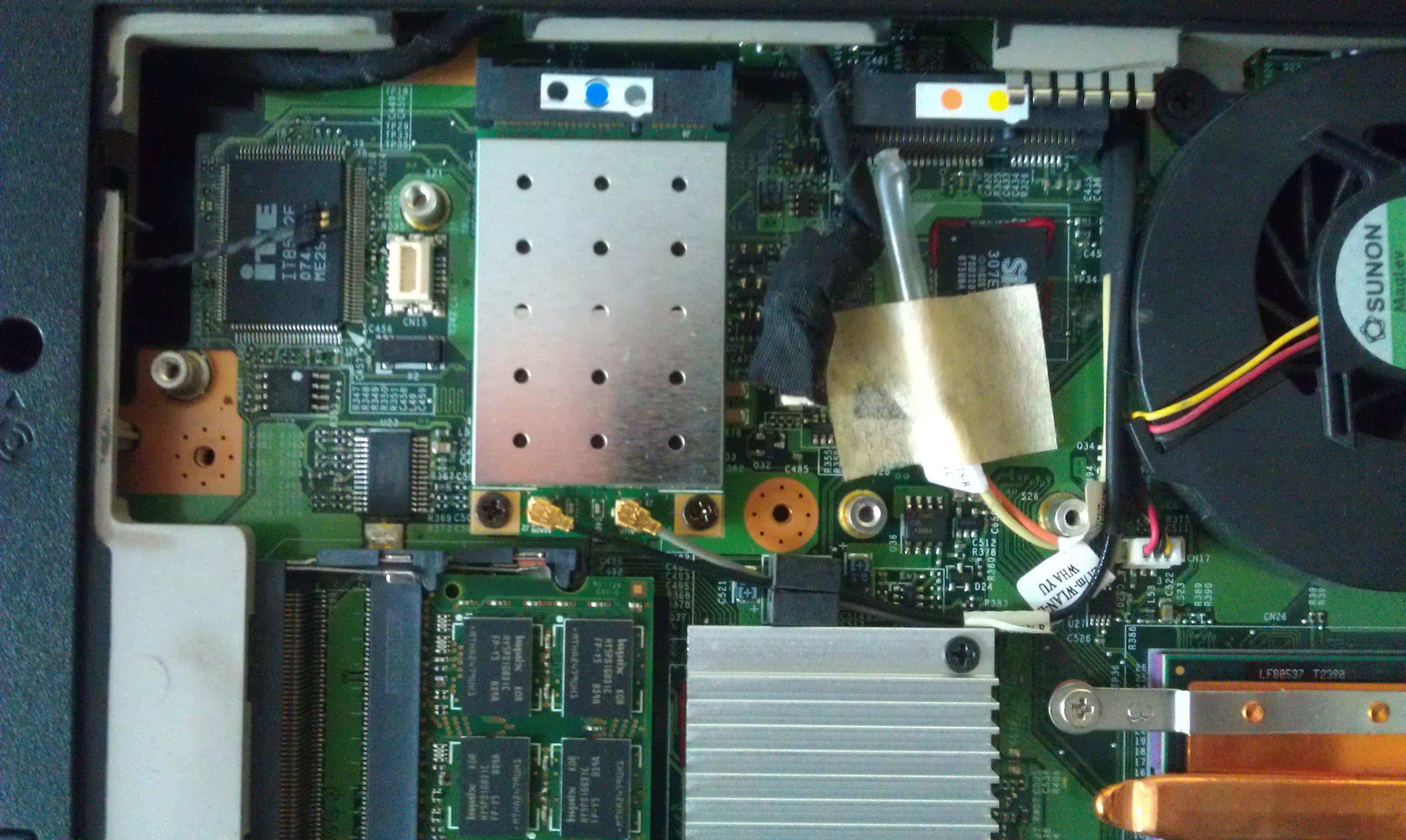 Esprimo mobile v5555 od��czony kabelek