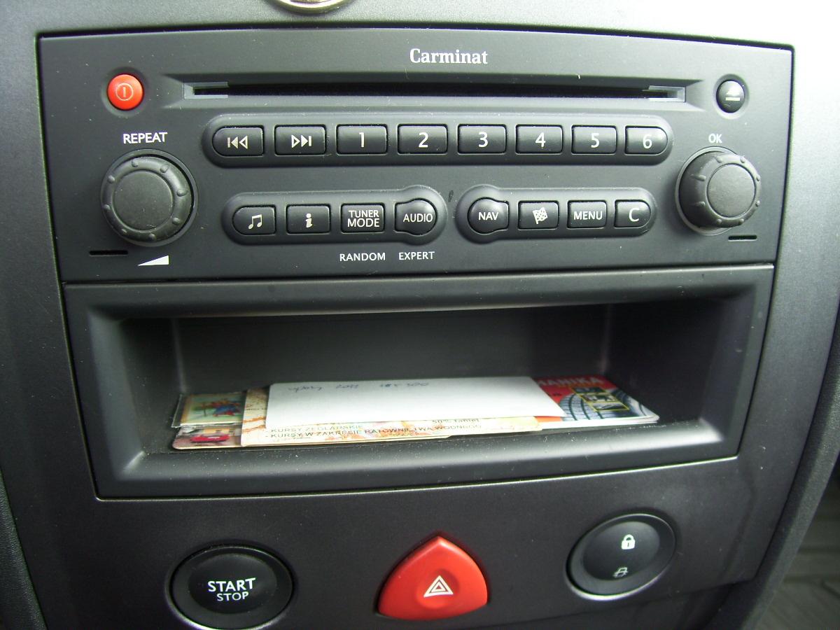 Jak Wyjąć Radio W Scenicu