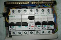 Elektroinstalacja w domku - Nieprawidłowa elektrosieć w domku letniskowym