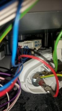 Bosch SGS55E98EU/37 - po zwarciu nie grzeje grzałka, uszkodzony programator.