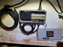 Zakłócenia sygnału RS-485 przez fale radiowe (UHF)