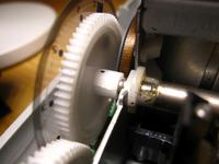 HP Photosmart C3180 - Jak wyczyścić separator? Nie pobiera kartek lub je zagina