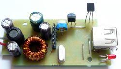 Tester akumulatora 12V / 24V woltomierz samochodowy na androida (ładowarka)