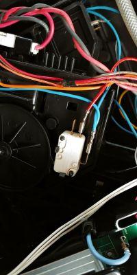 Ekspres NIVONA 646 - Uszkodzenie dźwigni zaworu spustowego