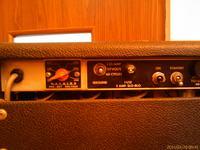 Wzmacniacz Fender Vibroliux Reverb - buczy w czasie pracy-