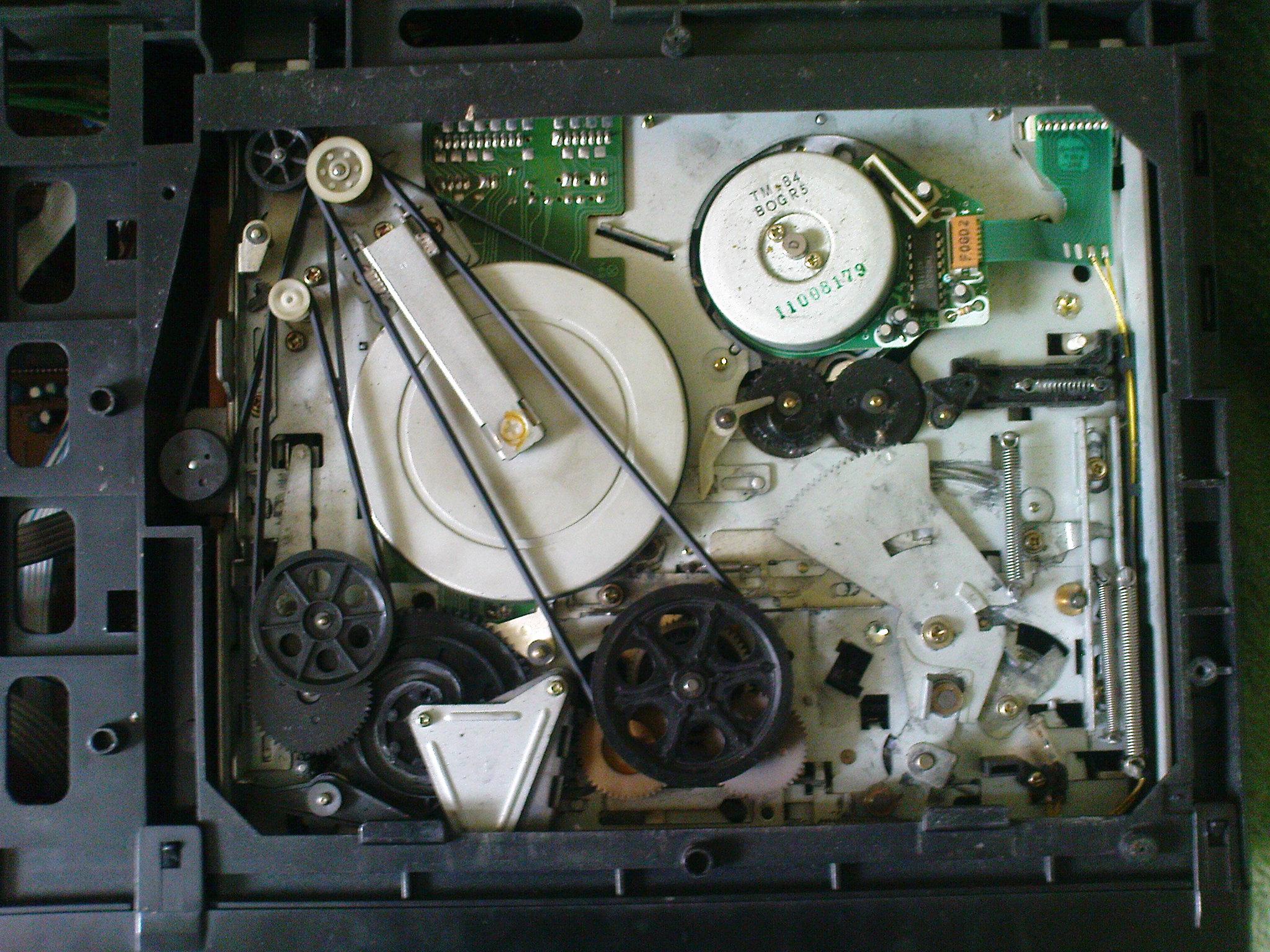 Magnetowid TEC 3835E zatrzymywanie odtwarzania