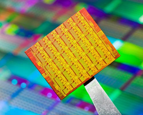 Intel prezentuje swoje 48 rdzeni do przetwarzania w chmurze