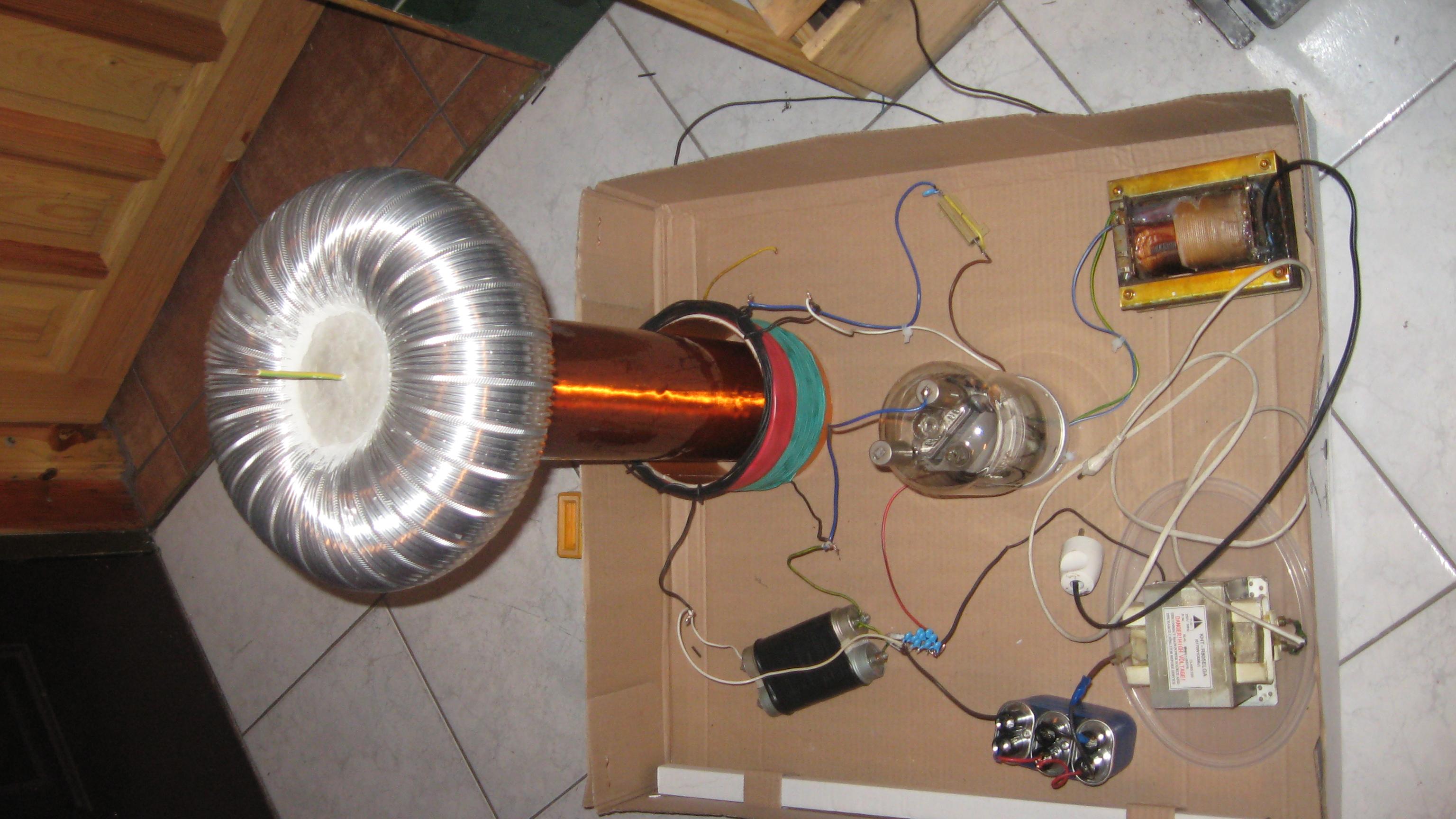 VTTC- Vacuum Tube Tesla Coil - elektroda.com