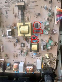 Philips 37pfl4606h/58 LCD - Pionowe paski po zalaniu, brak dźwięku
