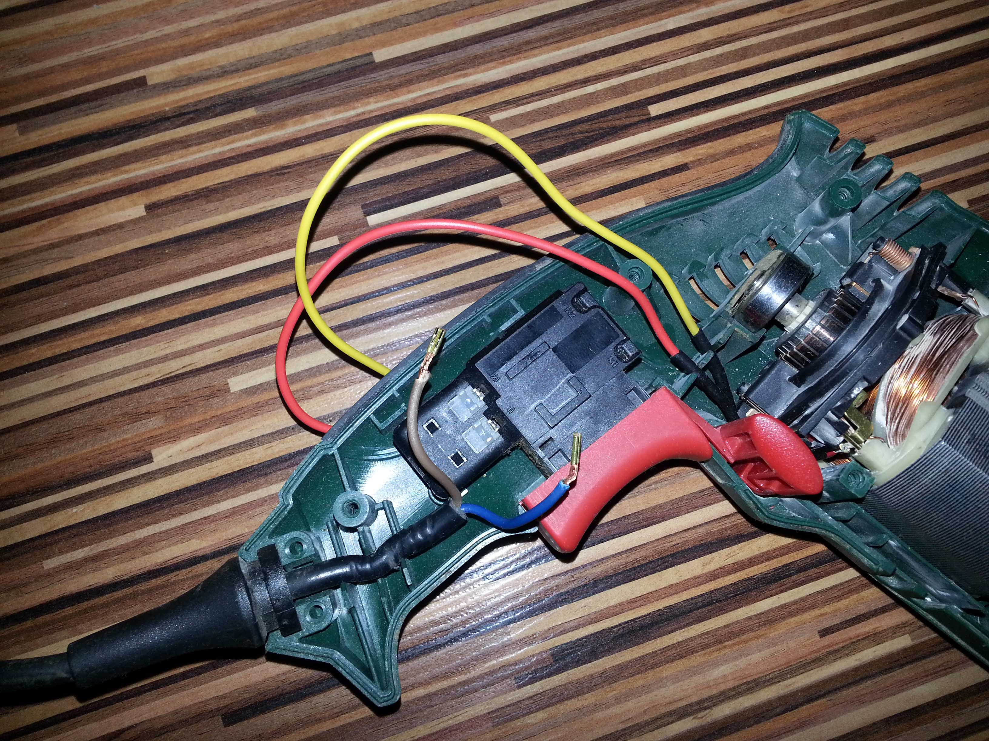 Bosch PSB50/PSB500 - pod��czenie w��cznika
