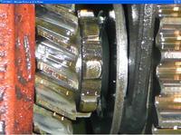Ursus c-330 335 - wyskakuje 3 i 6 bieg wymieniona sprezynka i dalej lipa