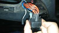 VW passat b4 - Jak podpiąć ten oto włacznik do szyb elektrycznych?