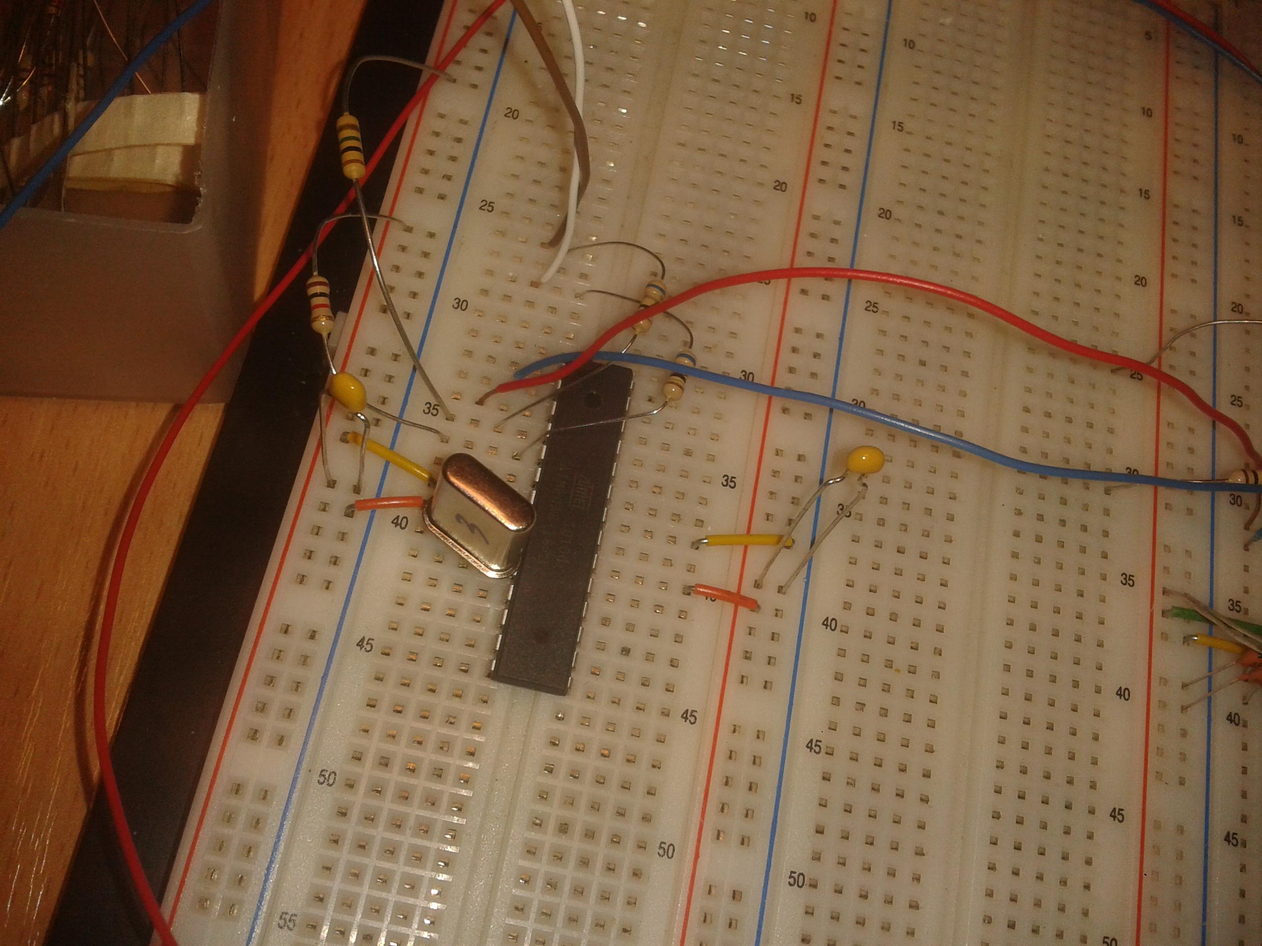 ATmega328p - Arduino bez arduino i graj�ce stacje dyskietek-nie dzia�a