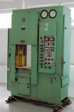Sterowanie prasą hydrauliczną - jak zastąpić oryginalne sterowanie czasowe