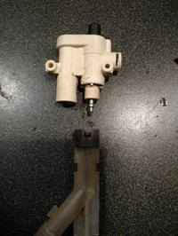 Ekspres ciścieniowy Bosch TCA 5809/02, nie robi kawy, woda leci do tacki