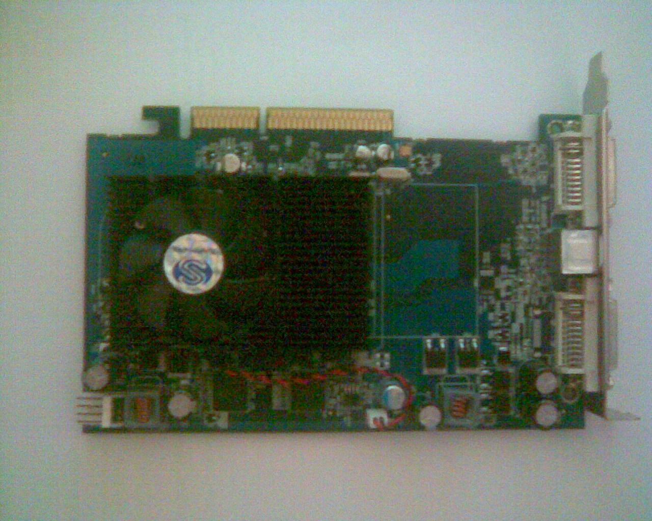 Zawieszanie komputera - Problem z Radeonem 3650 HD i/lub zasilaczem.