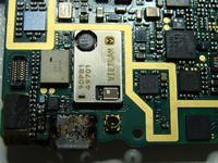 Nokia N97 po zalaniu dziala ale nie ładuje baterii.