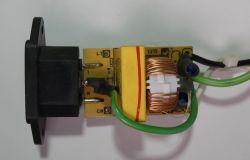 Redukcja zakłóceń od zasilacza plafonu LED.