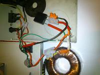 KDSF04 - uk�ad z transformatorem toroidalnym pali bezpiecznik