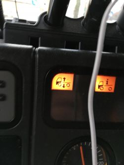 Scania 124 kontrolka poziomowania